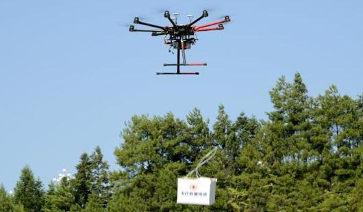 防空警报试鸣人口疏散演练 泉州首次运用无人机