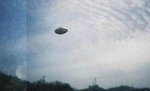 美承认UFO真实性,网络上流传的UFO照片