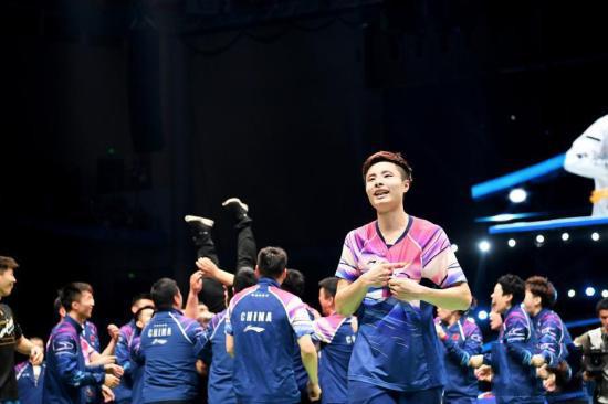 伤愈复出首秀遭碾压 石宇奇被裁判质疑:你们在打比赛吗?