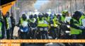 """巴黎出动7000警察怎么回事 """"黄背心""""抗议者掀起游行活动"""