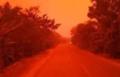 印尼天空变血红色怎么回事? 印尼天空变血红色原因是什么?