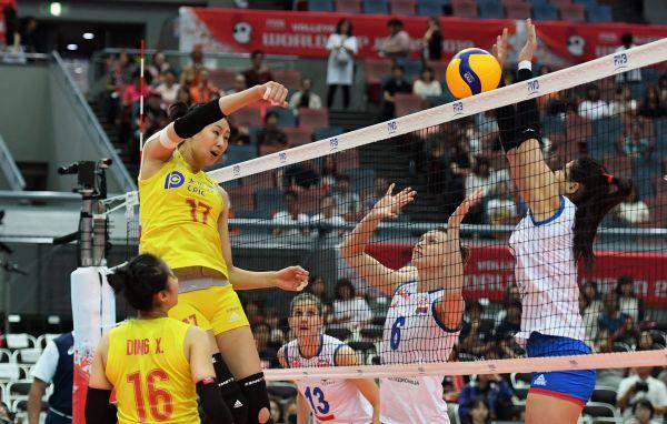 中國女排衛冕世界杯冠軍什麼情況?中國女排衛冕世界杯冠軍現場圖