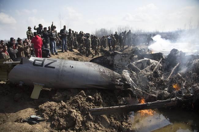 印度击落自ζ 家飞机致6名空军■士兵死亡