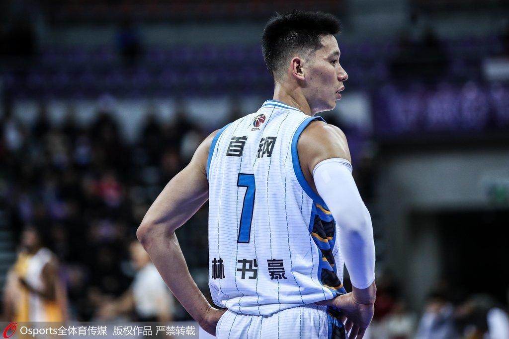 北京队91-94惜败于广厦队 林书豪40分6篮板