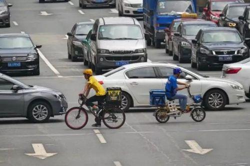 人民日报:逐步禁止电动自行车上路,没那么简单