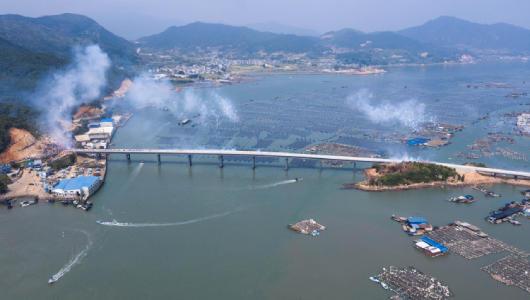 东安岛跨海大桥通车