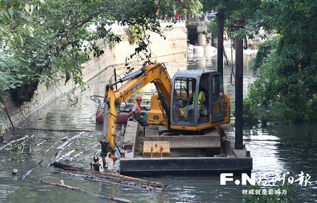 福州白马河首次干塘清淤 下月底全线通水