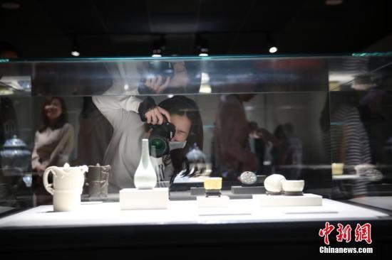 台北故宫博物院参观人数大幅下滑 购票率年年衰退