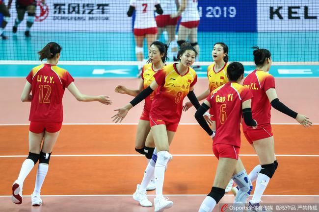 八一女排胜美国队比分3-0 多点开花5人得分上双