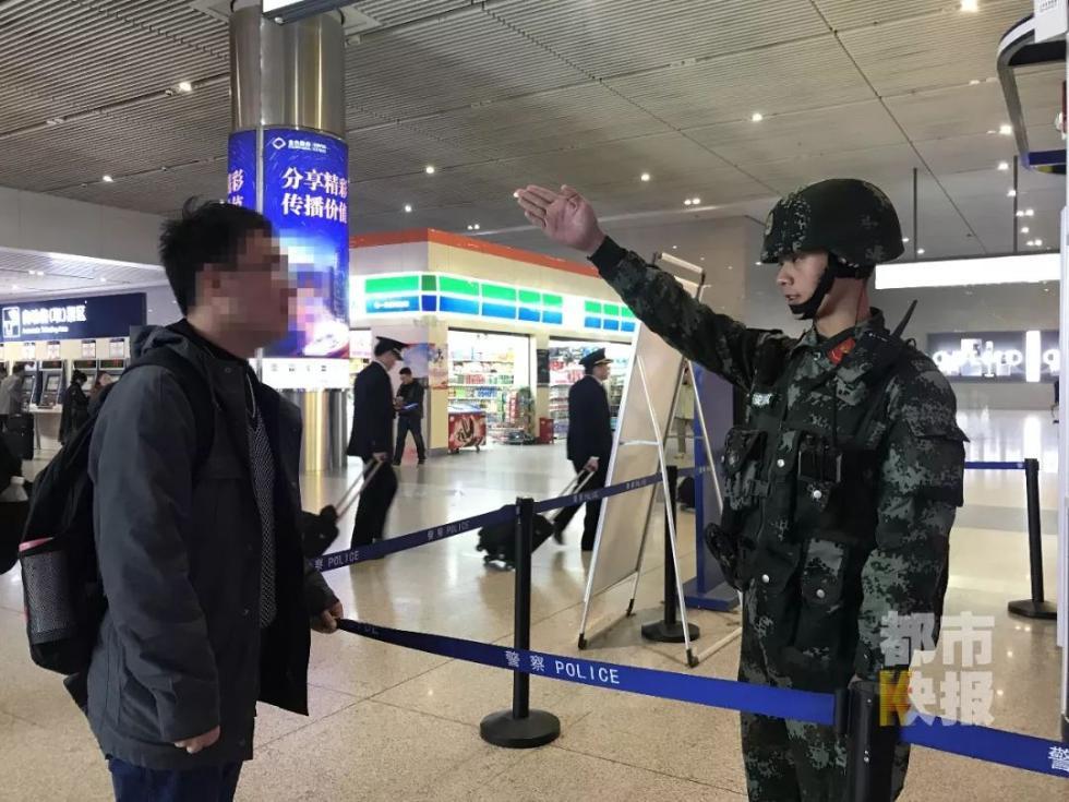 (李余洋日常执勤照片)