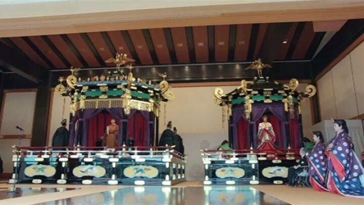 日本天皇德仁即位大典 安倍帶頭三呼萬歲