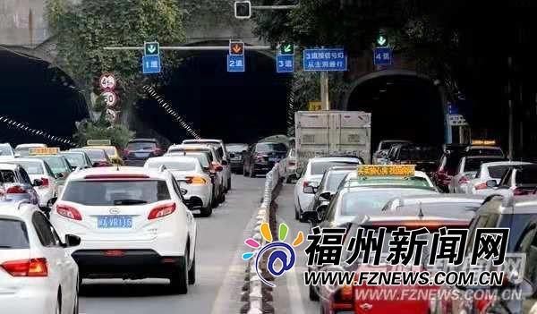 大数据↑告诉你!福州早晚高峰这几条路最或者�f完全被震住了堵!