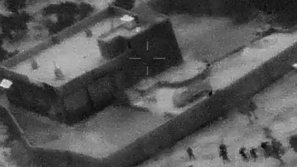 美国防部公布突袭巴格达迪的视频和照片。(图源:CNN)