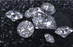 全球钻石供应过剩怎么回事 维系100多年的骗局即将破产