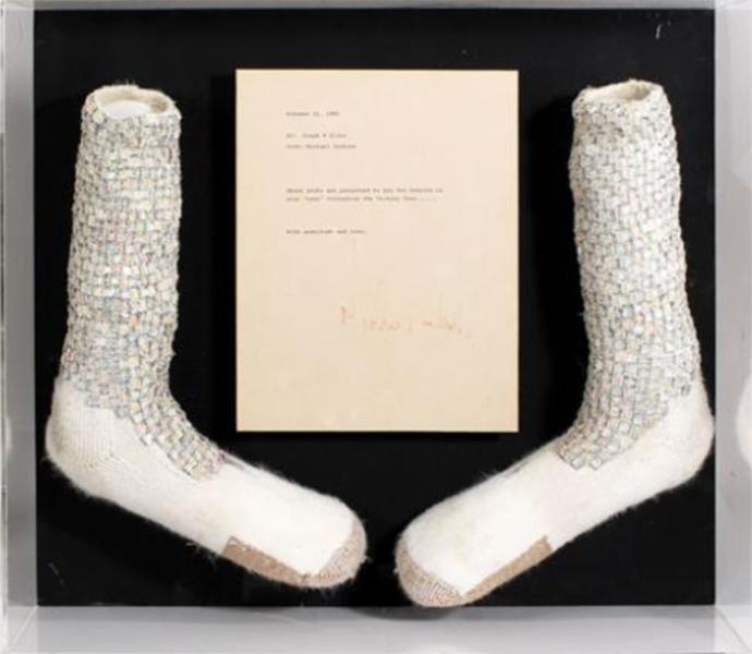 杰克逊水晶袜拍卖
