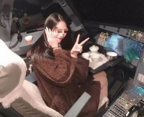 民航局回應女乘客進駕駛艙:機長枉顧安全職責