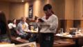 鹿晗關曉彤日本餐廳約會 女方托腮聆聽小鳥依人