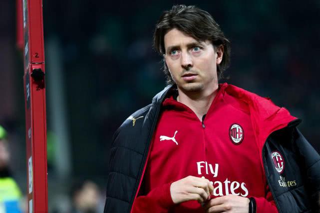 前米兰队长蒙托利沃退役 15年职业生涯正式结束