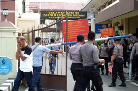 印尼棉蘭炸彈襲擊怎么回事 襲擊者本人在爆炸中身亡