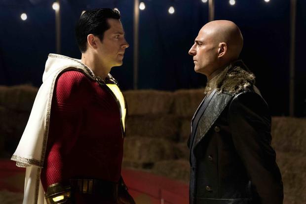 DC大片《黑亚当》定档海报曝光 2021年底北美公映
