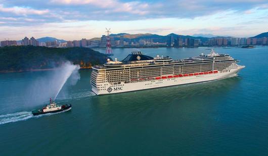 澳门银河娱乐网站邮轮母港首迎13.8万吨地中海辉煌号