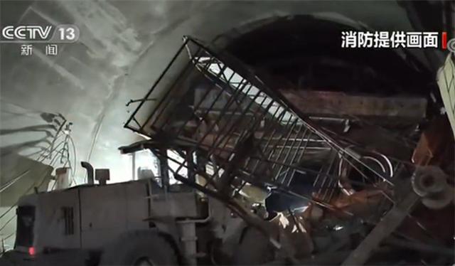 云南高速事故最新消息 云南高速事故詳細新聞介紹現場圖