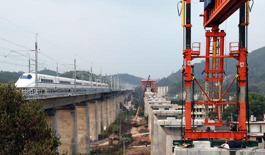 興泉鐵路福建段正式進入線上架梁施工階段