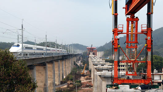 兴泉铁路福建段正式进入线上架梁施工阶段