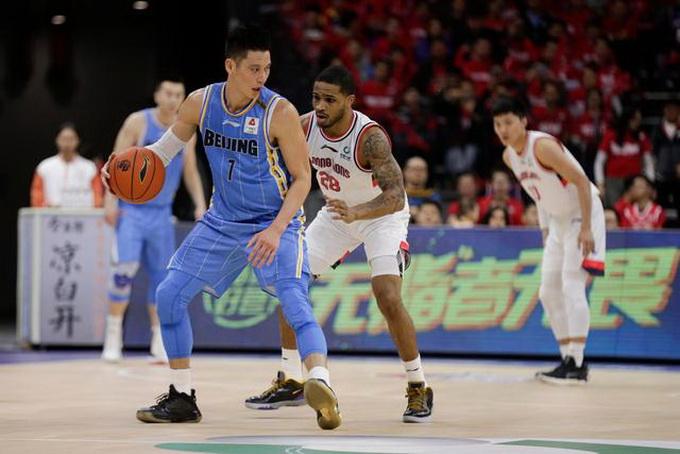 林书豪得分创新高10球轰36分 首钢109:86广州