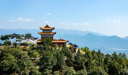 福建漳州點燈山:深山古寺 風光秀美