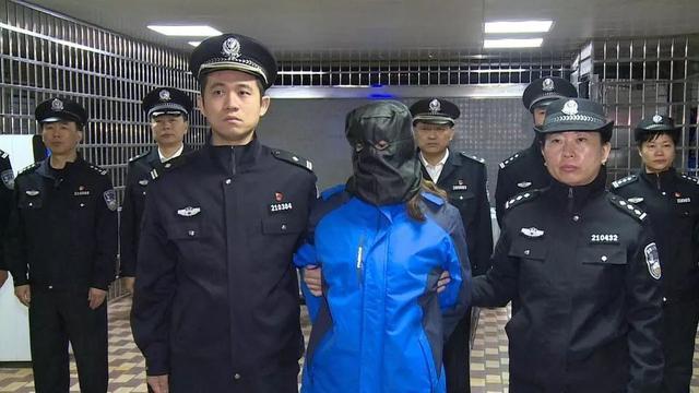 今天!女逃犯劳荣枝被押解回南昌