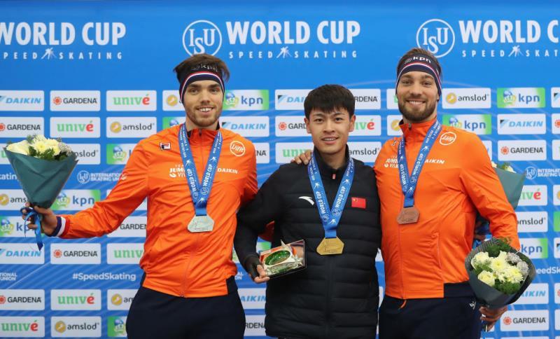 中国速滑首夺金牌什么情况 宁忠岩1分44秒918打破场地纪录