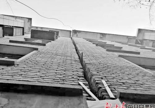 兰州居民楼楼体倾斜怎么回事?兰州居民楼楼体倾斜现场图原因是什么
