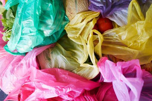 韩禁止用有色塑料怎么回事? 什么是有色塑料 有色塑料有哪些危害