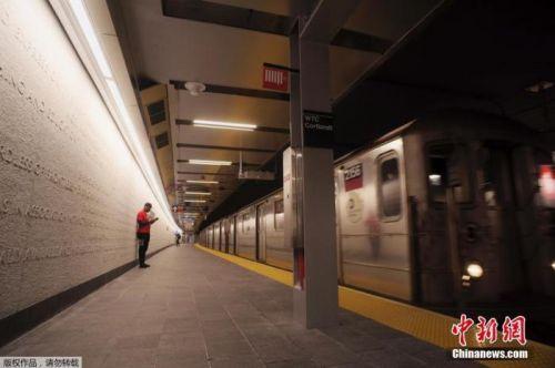 美纽约州长再提地铁禁足令:性犯罪者不许用公共交通