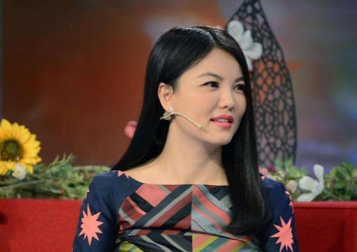 """李湘點贊事件始末 李湘疑暗諷謝娜是""""瘋婆子""""怎么回事 李湘謝娜關系好嗎"""