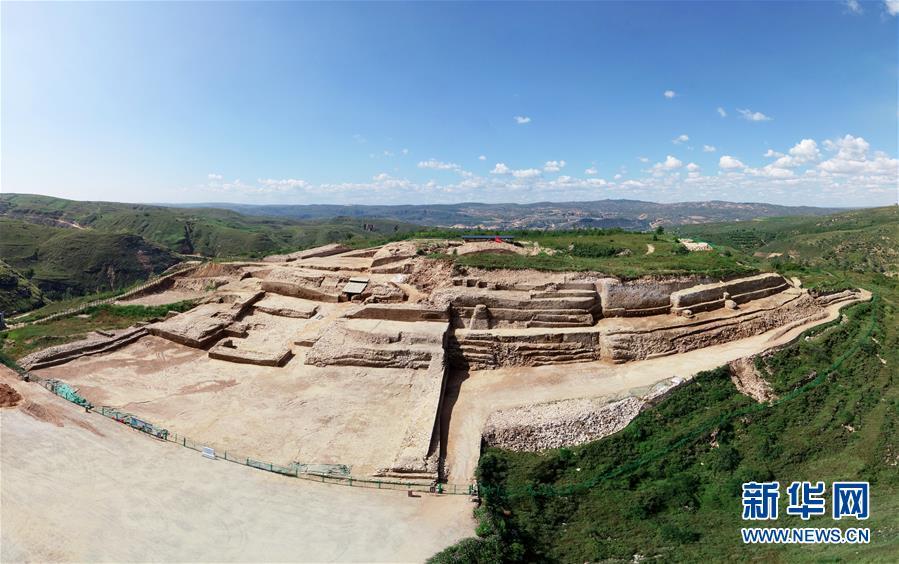 陕西石峁遗址皇城台发现70余件精美石雕