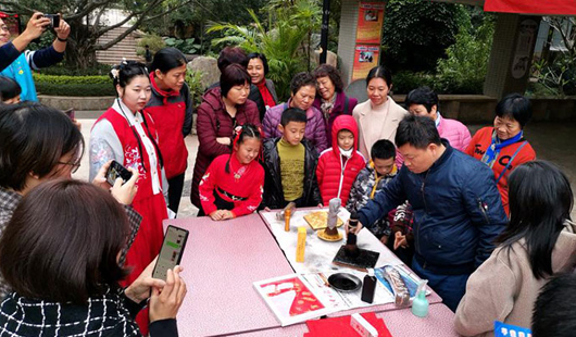 漳州木版年画互动体验活动走进社区