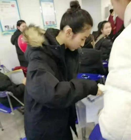 张子枫参加艺考怎么回事?张子枫参加艺考图片曝光考的什么学校