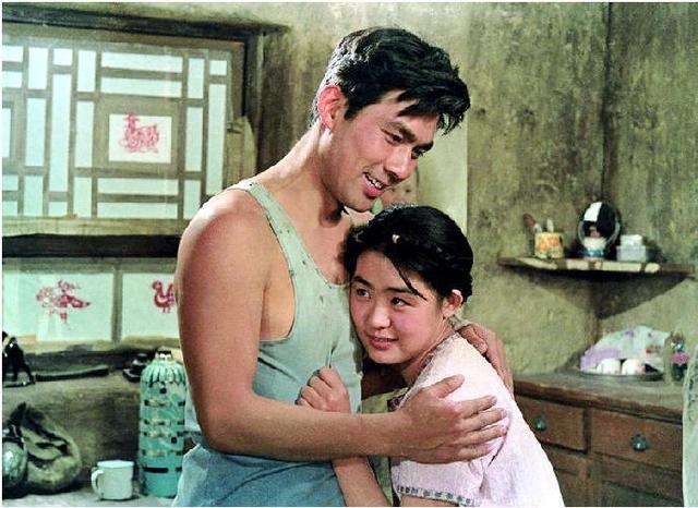 """""""你要老婆不要?""""《牧马人》再度走红,朱时茂说……"""