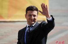 乌总统泽连斯基:不希望美国将乌克兰卷入华盛顿内政
