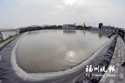 当乌龙江水源指标达标时,蓄水池先期蓄水,以达到避咸取淡的效果。