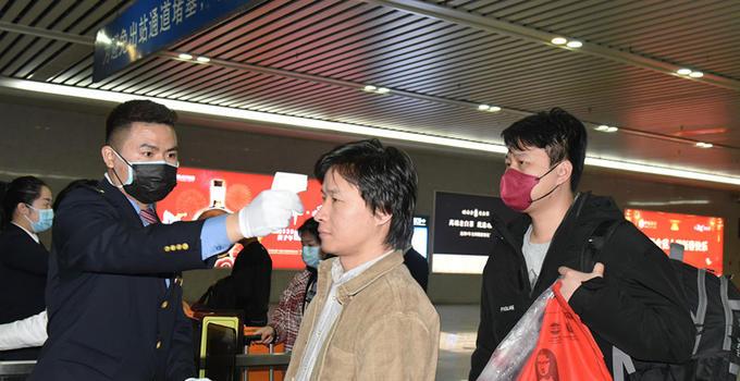 福厦主要车站已设置旅客异常体温医学排查点