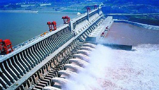 三峡水库持续加大下泄确保中下游用水用电