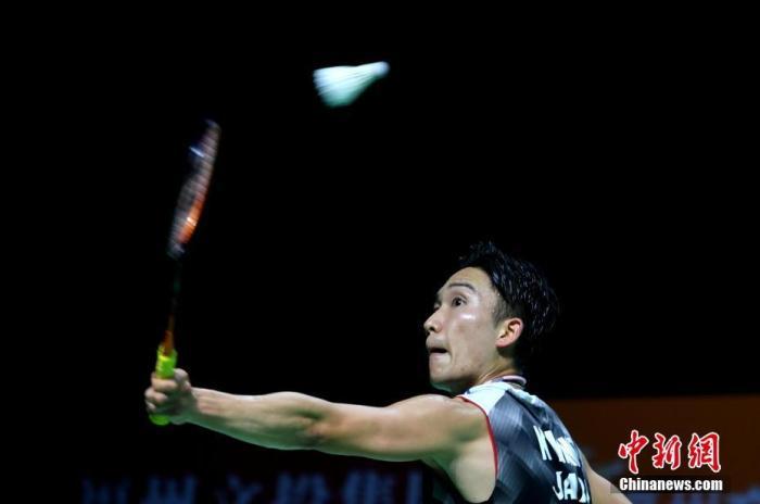 日本羽毛球运动员桃田贤斗恢复训练 上个月曾在马来西亚遭遇车祸