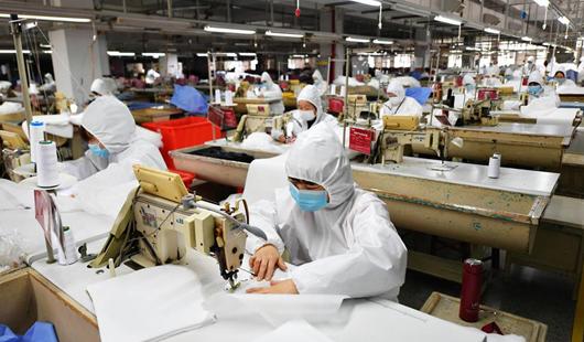 福建莆田:加緊復工生產 確保防疫物資供應