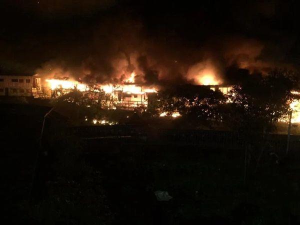 臺北一花園餐廳發生火災 火勢極大正在撲滅