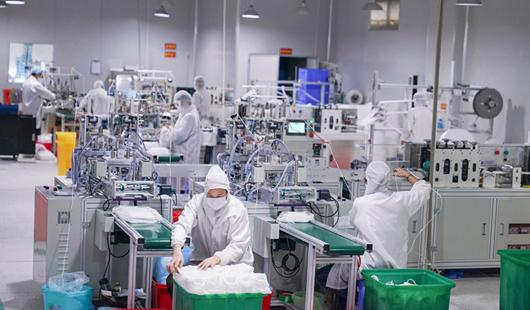 探訪漳州口罩生產線:24小時不停工 開足馬力保供應