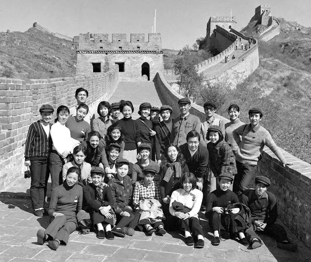 日舞团唱中国国歌什么情况 声援中国抗击新冠肺炎