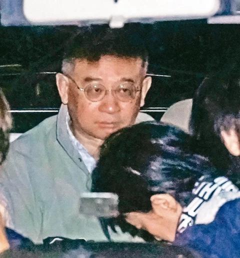"""被指涉""""间谍罪"""" 向心夫妇被台湾检方限制出境八个月"""